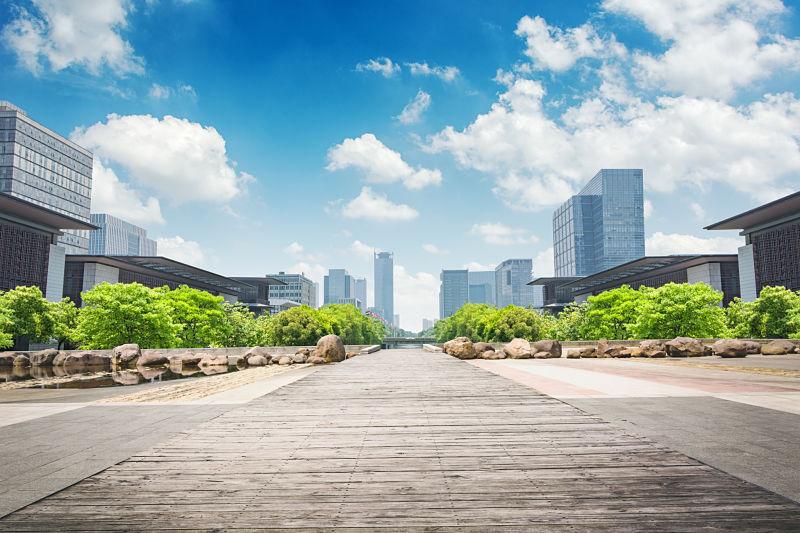 Polityka ESG w firmie a inwestycje w ludzi i środowisko