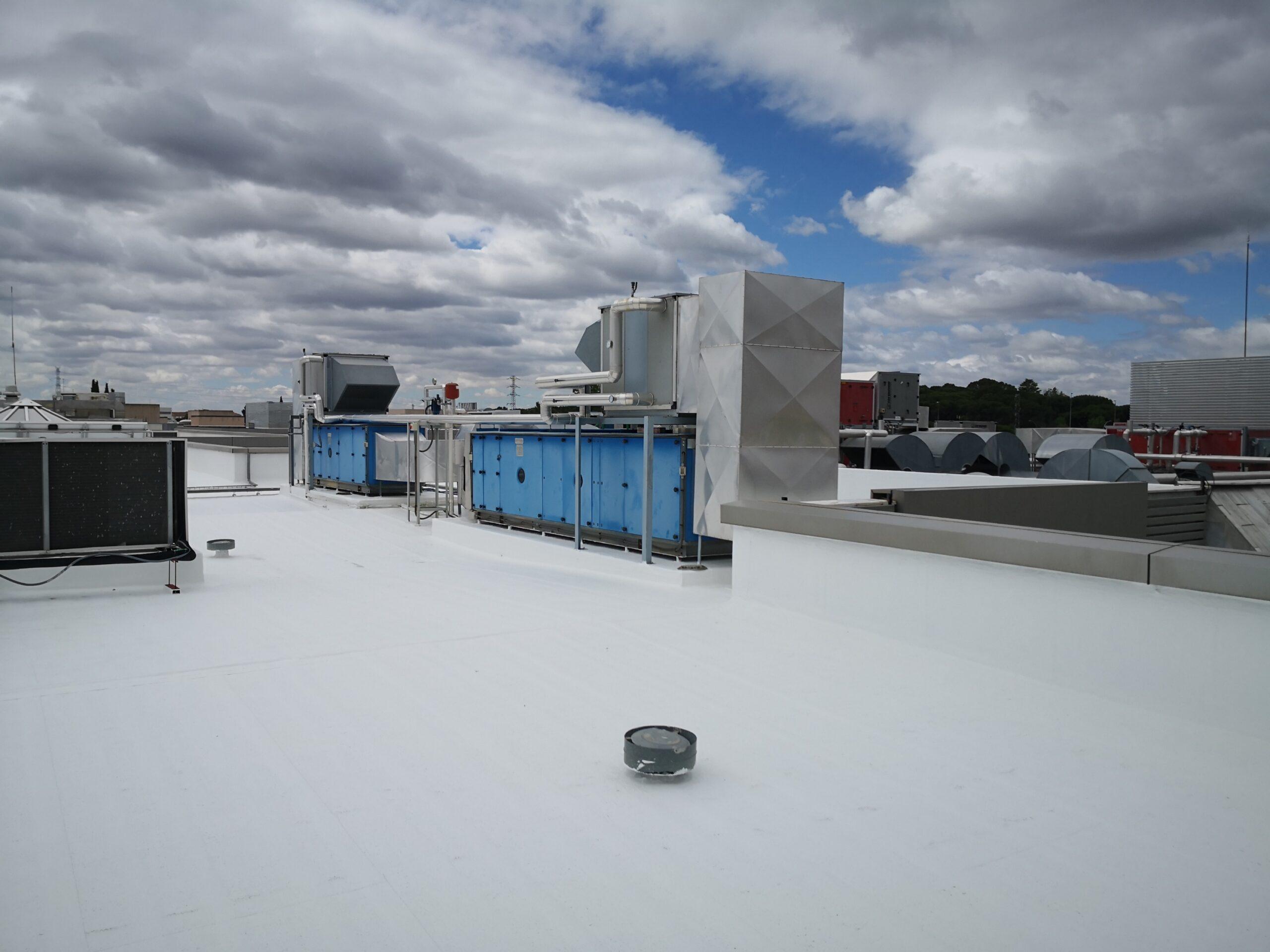Czy nowa technologia może zastąpić klimatyzację? COOL-R, czyli rewolucja na rynku pokryć dachowych