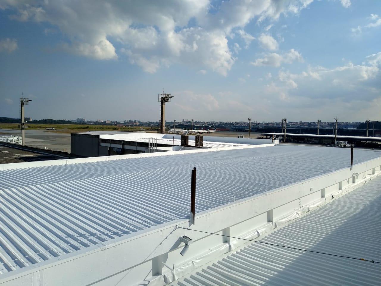 Aeroporto de São Paulo-Guarulhos, 2150m <sup> 2 </sup>
