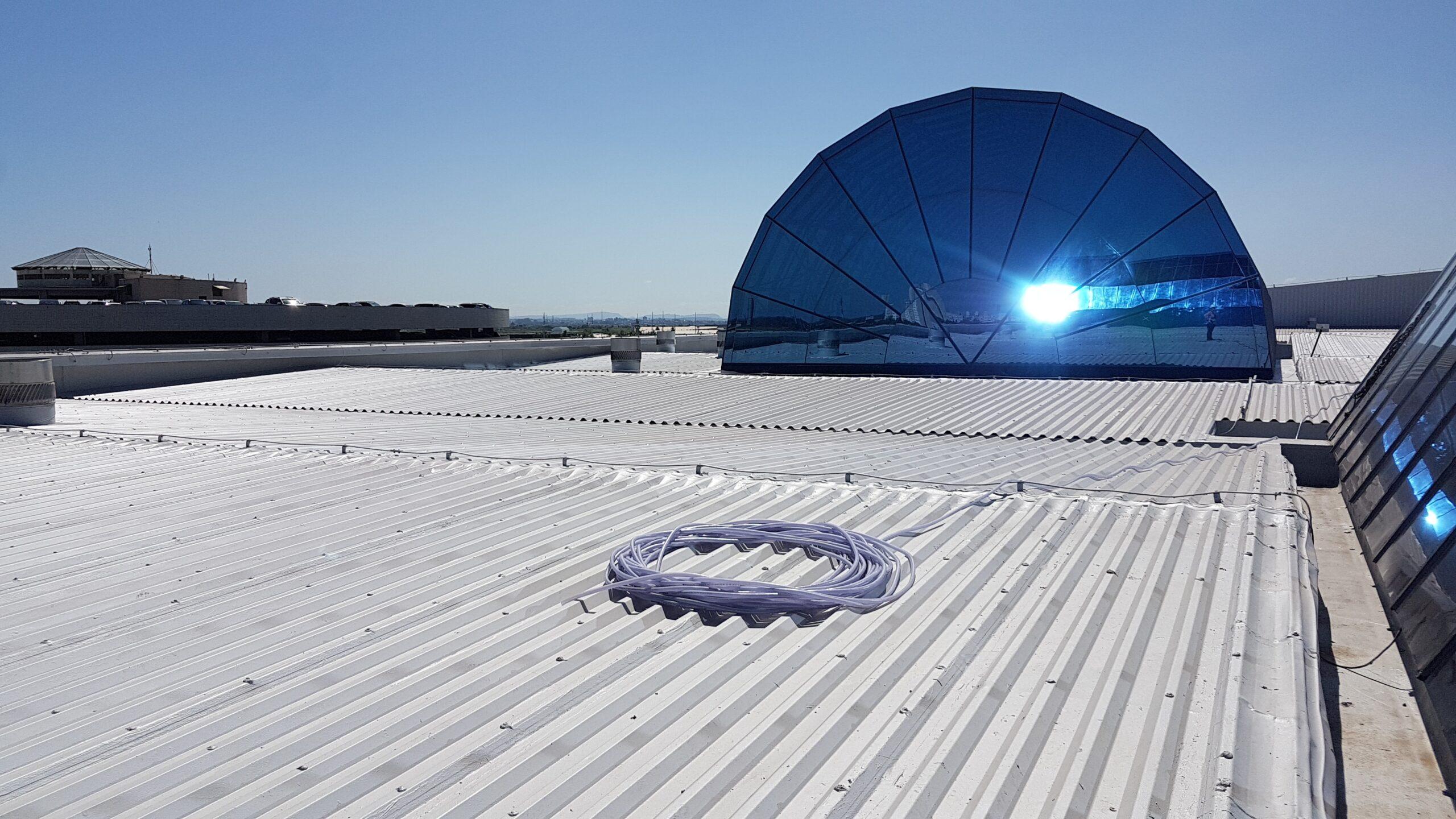 Korzyści z wykorzystania technologii chłodnego dachu
